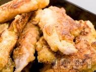 Рецепта Вкусни панирани пилешки хапки от бяло месо (филе или бонфиле) в брашно, яйца и галета